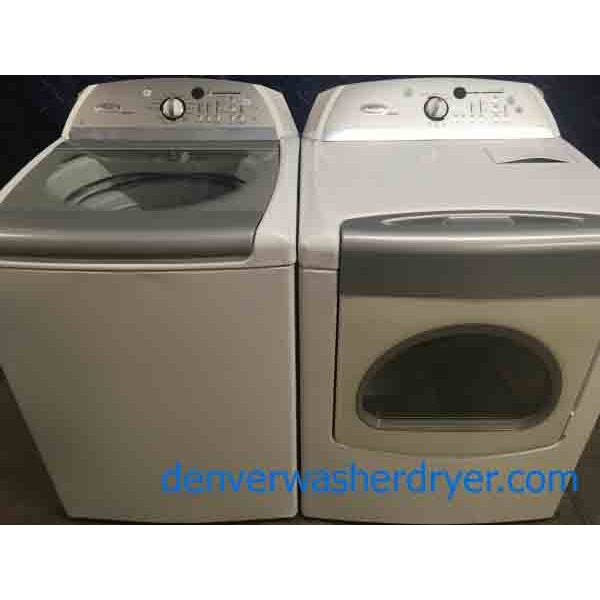 Huge Whirlpool Cabrio Washer And Dryer Set 2821