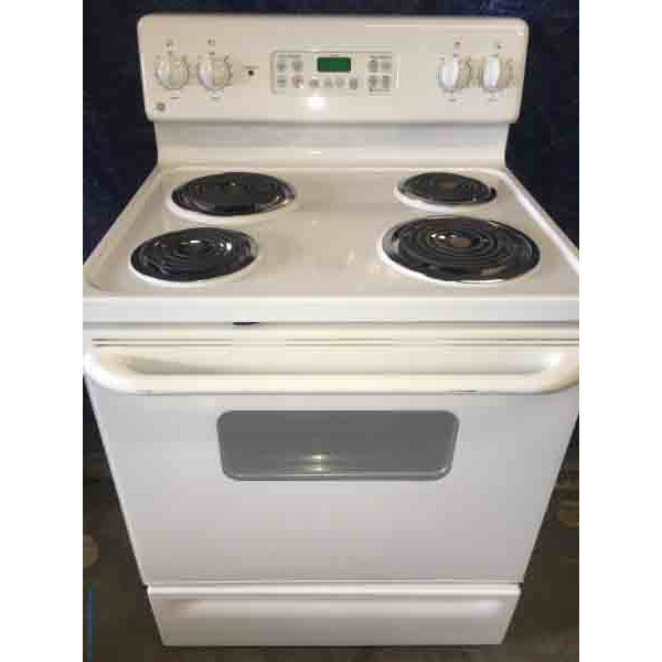 Great GE Electric Range, White, Clean