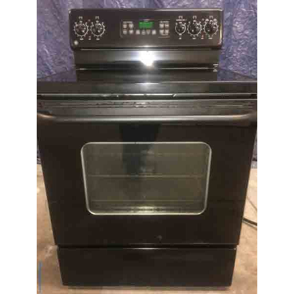 Black, Glass Top Electric Range, GE, 5-Burner, 30″