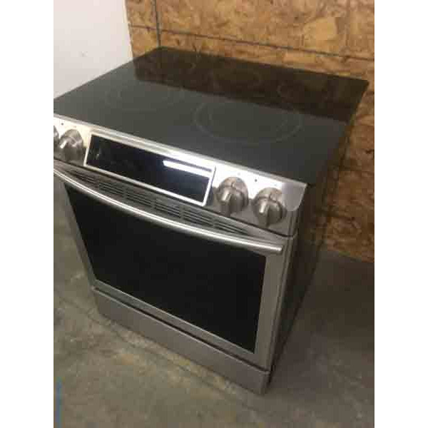 Sleek Stainless Samsung Glass-Top Slide-In Oven Electric