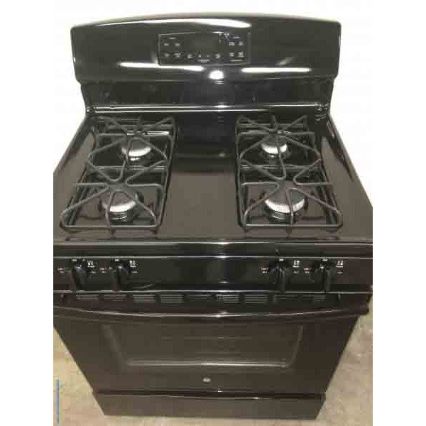 Black *GAS* Stove, GE, Self Cleaning, 30″, 1-Year Warranty