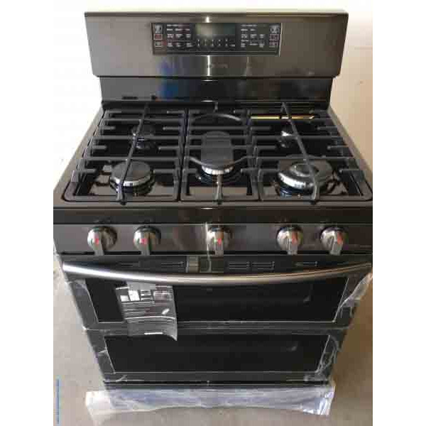 Brand-New Gas Stove, 30″ Freestanding, Samsung, 5-Burner, DUO Oven