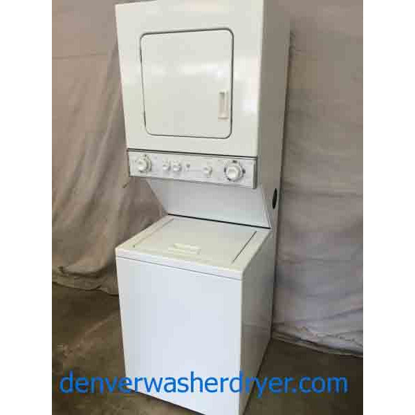 "Apartment Sized 24"" Stackable Washer/Dryer, Amazing"