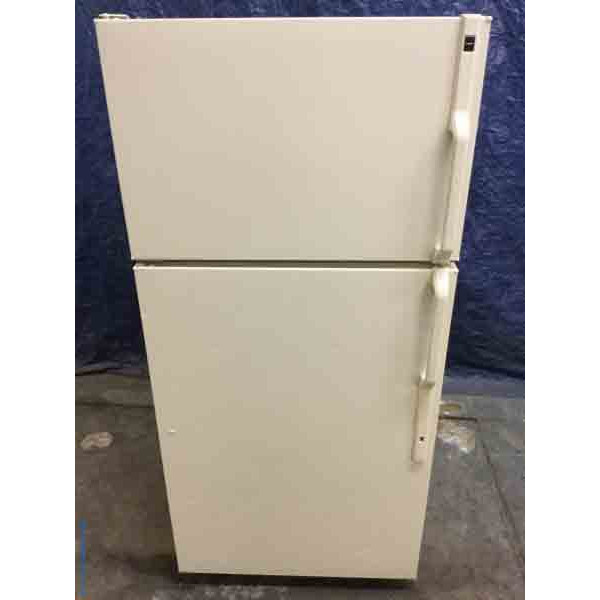 Bisque GE Refrigerator, 14 Cu. Ft., Cold and Clean!