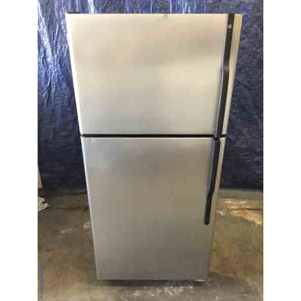 Used Stainless Top-Mount Refrigerator, 18 Cu. Ft., GE, Glass Shelves, 1-Year Warranty!