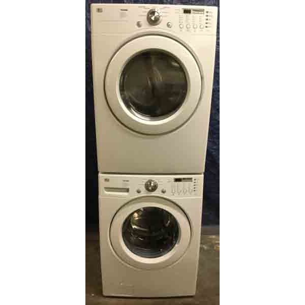 Lovely Stackable LG Washer Dryer Set, Electric, Super Nice!