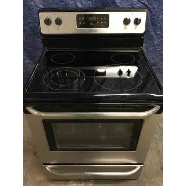 Fantastic Frigidaire, Self Cleaning, Stainless Stove, Glass-Top, Clean and Working Great!