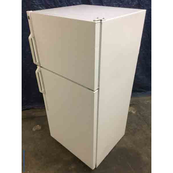 Discount Refrigerator, 14 Cu. Ft., White, Hotpoint(GE), 1-Year Warranty!