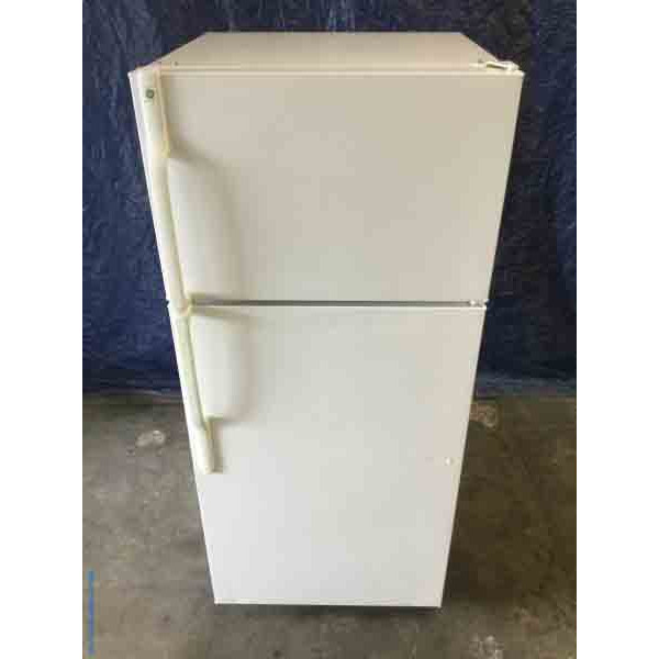 Used White Refrigerator, GE, 17 Cu. Ft., Clean, Cold, Working Great!