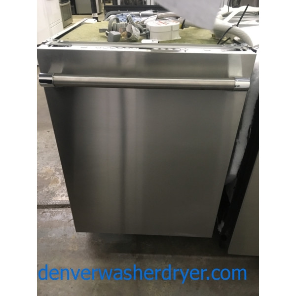 NEW!! Thermador Stainless Dishwasher, Built-In, Energy-Star Rated, Sanitary and PowerBoost Feature, 1-Year Warranty!
