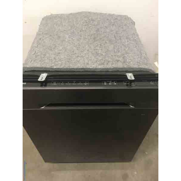 Discount Dishwasher, Built-In, 24″ Wide, Metallic Silver, Scratch/Dent Special!