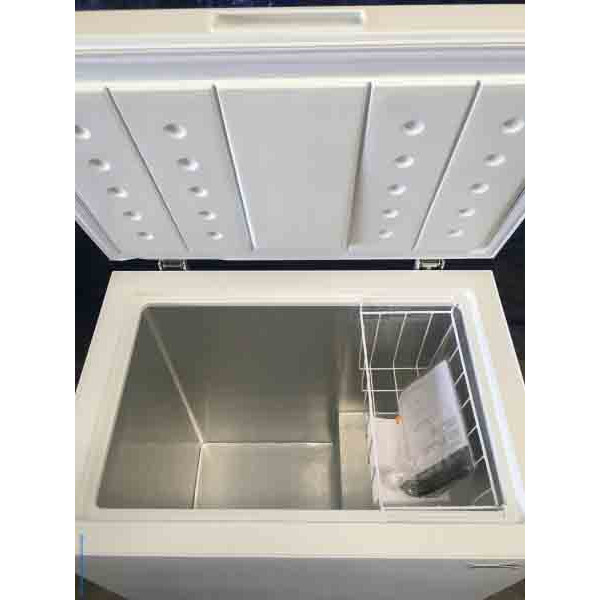 New White Insignia 5 Cubic Foot Chest Freezer Scratch And