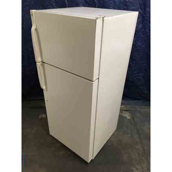Glorious GE Refrigerator, Large 18 Cu. ft. Capacity, Beige Color, Glass Shelves