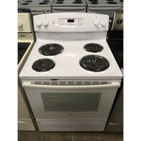 GE White Free-Standing Range, 4 Coil Burners, Self-Cleaning, Storage Drawer, 5.0 Cu.Ft. Capacity, Quality Refurbished, 1-Year Warranty!