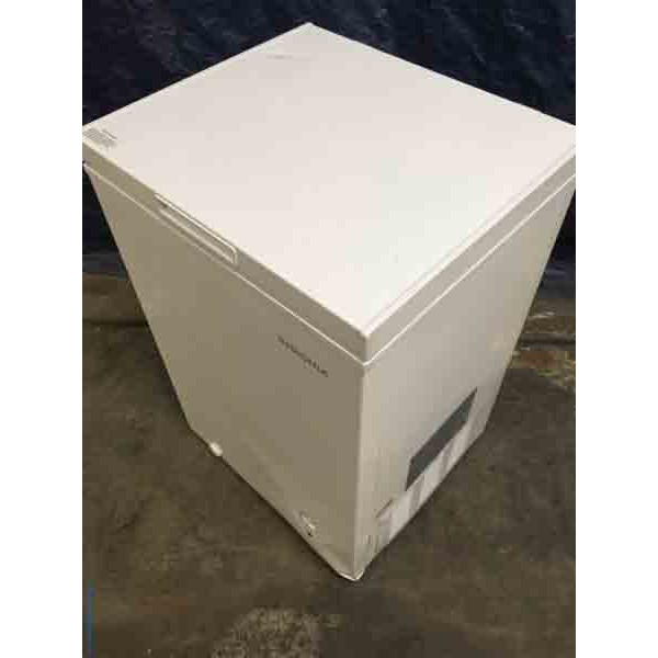 NEW! Little 3.5 Cu. Ft. Chest Freezer in White, Insignia, 1-Year Warranty!