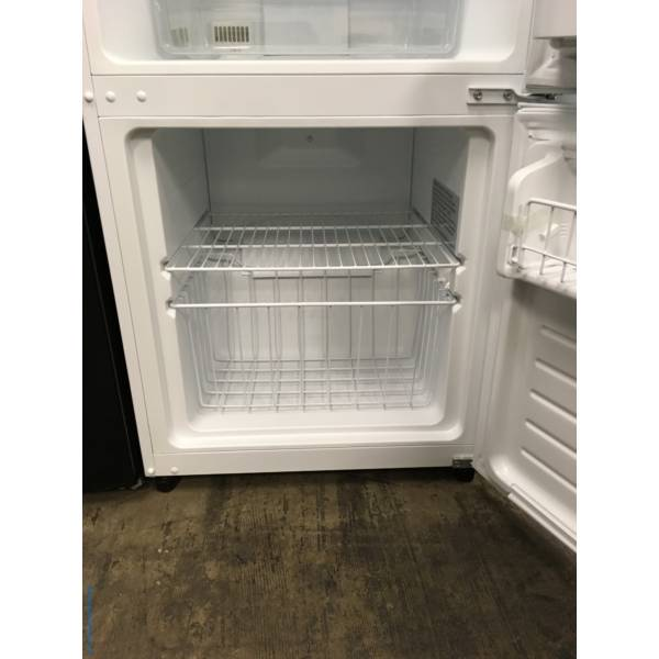 Lightly Used Insignia White Bottom-Mount Refrigerator, Humidity Control Crisper, 3 Glass Shelves, Quality Refurbished, 1-Year Warranty!