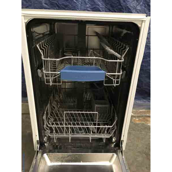 NEW! Bosch 18″ Built-In Dishwasher, Stainless, Energy Star, 1-Year Warranty!