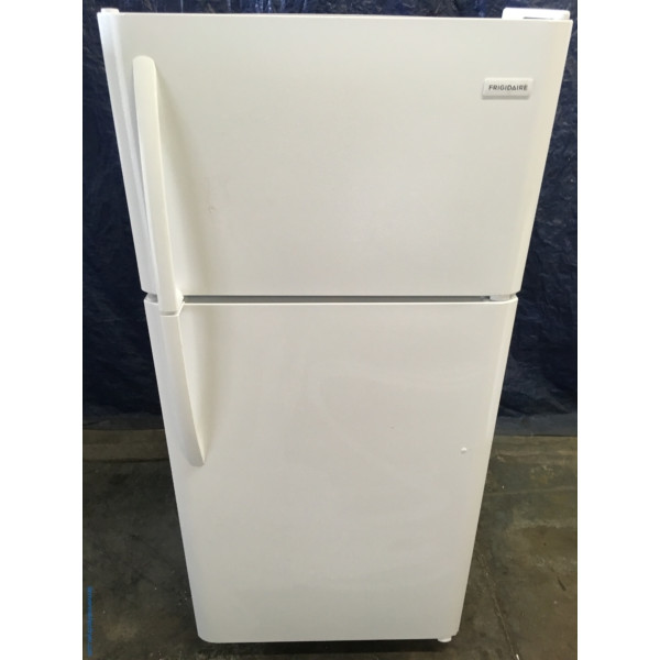 NEW 30″ Frigidaire Top-Freezer Refrigerator, (18 Cu. Ft.), 1-Year Warranty
