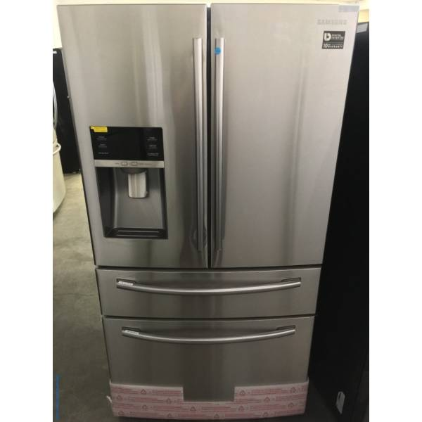 NEW! Scratch/Dent Stainless Samsung French-Door Refrigerator, FlexZone Drawer, 28.0 Cu.Ft. Capacity, 1-Year Warranty!