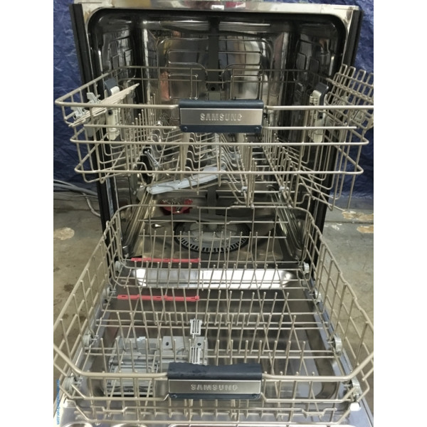 (Used) Samsung 24″ Built-In Stainless Semi-Intergrated Dishwasher, 1-Year Warranty