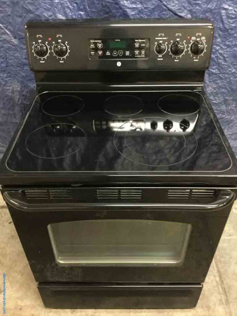 large images for black glass top stove by ge electric self cleaning 5 burner 1 year warranty. Black Bedroom Furniture Sets. Home Design Ideas