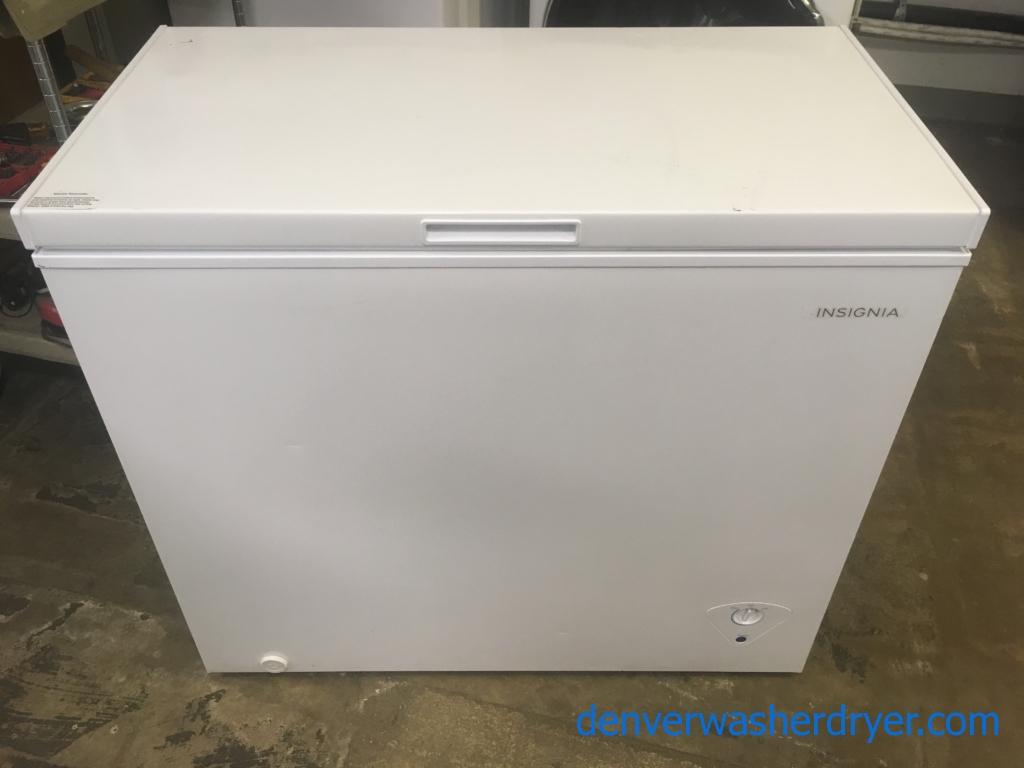 Nice Insignia Chest Freezer, Capacity 7.0 Cu.Ft., White, 37″ Wide, Quality Refurbished, 1-Year Warranty!