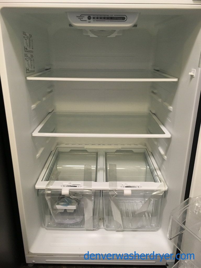 NEW!! Insignia Top-Mount Refrigerator, Stainless, Capacity 18.0 Cu.Ft., LED Lighting, 30″ Wide, 1-Year Warranty!